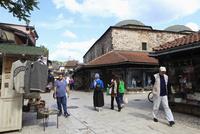 バシチャルシアの職人街とブルサベジスタシ絹取引所
