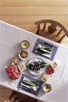 セッティングされたテーブル 節分イメージ 22442000848| 写真素材・ストックフォト・画像・イラスト素材|アマナイメージズ