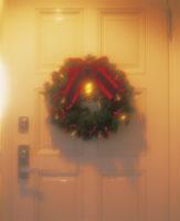 クリスマスリース 22451021373  写真素材・ストックフォト・画像・イラスト素材 アマナイメージズ