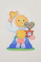 太陽と花のキャラクター 22497000317| 写真素材・ストックフォト・画像・イラスト素材|アマナイメージズ