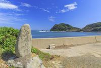 大島の沖津宮遙拝所 22502007704| 写真素材・ストックフォト・画像・イラスト素材|アマナイメージズ