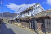 筑波山と古い町並み