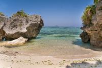 伊江島と海洋博公園のビーチ