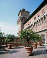 エステンセ城の空中庭園 22577000287| 写真素材・ストックフォト・画像・イラスト素材|アマナイメージズ