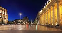 フランス 月の港ボルドー 世界文化遺産 大劇場 22585002194| 写真素材・ストックフォト・画像・イラスト素材|アマナイメージズ