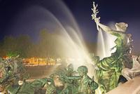フランス 月の港ボルドー 世界文化遺産 噴水 22585002197| 写真素材・ストックフォト・画像・イラスト素材|アマナイメージズ