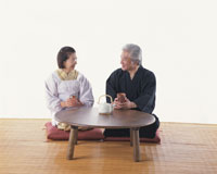 ちゃぶ台の老夫婦