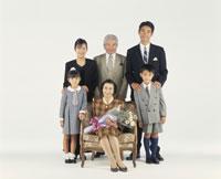 三世代家族 22600000430| 写真素材・ストックフォト・画像・イラスト素材|アマナイメージズ