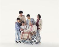 三世代家族 22600000652  写真素材・ストックフォト・画像・イラスト素材 アマナイメージズ