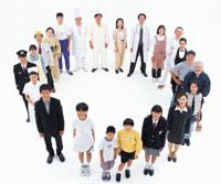 輪になる俯瞰の日本の人々 22600000931| 写真素材・ストックフォト・画像・イラスト素材|アマナイメージズ