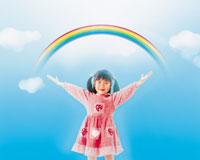 虹と女の子 22600001544| 写真素材・ストックフォト・画像・イラスト素材|アマナイメージズ