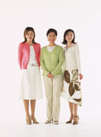 女性 22600003256  写真素材・ストックフォト・画像・イラスト素材 アマナイメージズ