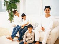 家族 22600003922| 写真素材・ストックフォト・画像・イラスト素材|アマナイメージズ