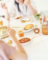 食事 22600003966| 写真素材・ストックフォト・画像・イラスト素材|アマナイメージズ