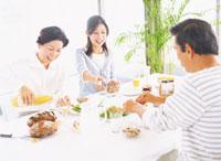 食事 22600004056| 写真素材・ストックフォト・画像・イラスト素材|アマナイメージズ