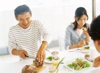食事 22600004069| 写真素材・ストックフォト・画像・イラスト素材|アマナイメージズ