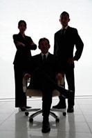 ビジネスマン男女3人シルエット 22600005525| 写真素材・ストックフォト・画像・イラスト素材|アマナイメージズ