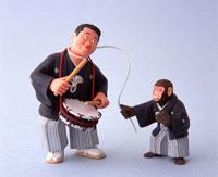 あべこべ猿回しのクラフト 22687000450| 写真素材・ストックフォト・画像・イラスト素材|アマナイメージズ