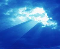 雲間からの太陽光線