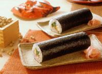 節分の巻き寿司 22709007349| 写真素材・ストックフォト・画像・イラスト素材|アマナイメージズ
