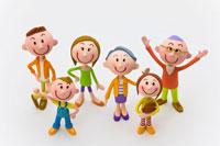 3世代家族6人 22748000429| 写真素材・ストックフォト・画像・イラスト素材|アマナイメージズ