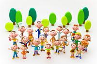 新芽を持つ女の子と人々 22748000447| 写真素材・ストックフォト・画像・イラスト素材|アマナイメージズ