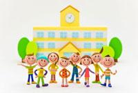 校舎の前の学生 22748000529| 写真素材・ストックフォト・画像・イラスト素材|アマナイメージズ