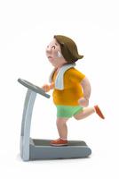 ランニングマシーン,肥満,女性 22748001140| 写真素材・ストックフォト・画像・イラスト素材|アマナイメージズ
