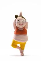 ヨガ,肥満,女性 22748001151| 写真素材・ストックフォト・画像・イラスト素材|アマナイメージズ