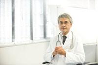 医者 22933003412| 写真素材・ストックフォト・画像・イラスト素材|アマナイメージズ