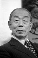 福田赳夫総理大臣 総理官邸 1976年12月30日
