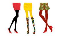 カラフルな3人の女性の足
