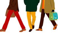 男性3人の足