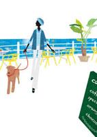 海辺のカフェに立ち寄る女性と犬 22987000143| 写真素材・ストックフォト・画像・イラスト素材|アマナイメージズ