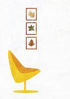 椅子と絵 22987000180| 写真素材・ストックフォト・画像・イラスト素材|アマナイメージズ