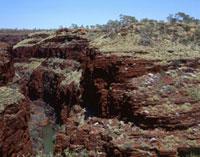 縞状鉄鉱層