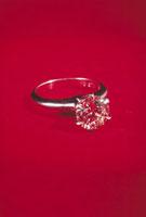 ダイヤモンド 23018002212| 写真素材・ストックフォト・画像・イラスト素材|アマナイメージズ