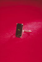 オリビン 23018002217| 写真素材・ストックフォト・画像・イラスト素材|アマナイメージズ