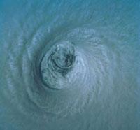 台風の目 23018002820| 写真素材・ストックフォト・画像・イラスト素材|アマナイメージズ