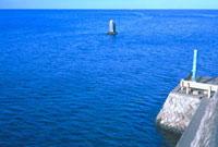満潮(定点観測) 23018002875| 写真素材・ストックフォト・画像・イラスト素材|アマナイメージズ