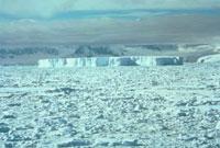 氷山 南極 23018002921| 写真素材・ストックフォト・画像・イラスト素材|アマナイメージズ