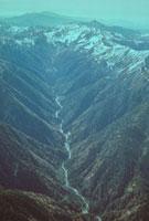 黒部渓谷(黒部川上流) 23018003037| 写真素材・ストックフォト・画像・イラスト素材|アマナイメージズ