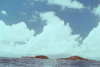 海底噴火 西之島新島全景