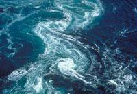 鳴門のうず潮(かるまん渦) 23018003109| 写真素材・ストックフォト・画像・イラスト素材|アマナイメージズ