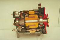 モーター(断面) 23018003114| 写真素材・ストックフォト・画像・イラスト素材|アマナイメージズ