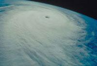 台風 23018003198| 写真素材・ストックフォト・画像・イラスト素材|アマナイメージズ