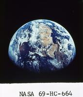 地球(アポロ11号)