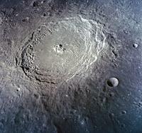 月面のクレーター