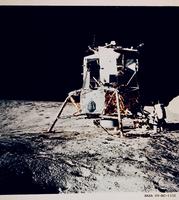 月着陸船イントレピッド(アポロ12号)