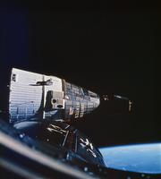 宇宙船 23018048913| 写真素材・ストックフォト・画像・イラスト素材|アマナイメージズ